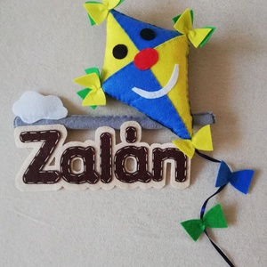 Papír sárkány névtábla , Betű & Név, Dekoráció, Otthon & Lakás, Baba-és bábkészítés, Papírsárkány készült kisfiúnak, de lányos színekben is szívesen elkészítem:), Meska