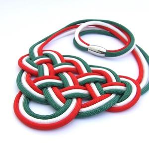 CELTIC paracord nyaklánc - Magyaros, Ékszer, Nyaklánc, Magyar motívumokkal, Táska, Divat & Szépség, Csomózás, Ékszerkészítés, Kelta csomót idéző nyaklánc, melynek viselése abszolút egyedi megjelenést kölcsönöz.\nA nyaklánc nagy..., Meska