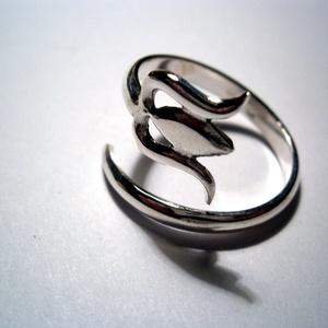 Tulipános gyűrű (silverpig) - Meska.hu