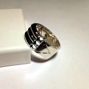 Atlantiszi gyűrű ezüstből, Ékszer, Gyűrű, Kerek gyűrű, Ékszerkészítés, Ötvös,  6,5 mm széles ,52-es méretű gyűrű.Fémjelzett ezüst ékszer.\n\n\n\n\n\n.\n\nAz eredeti gyűrűt egy francia eg..., Meska