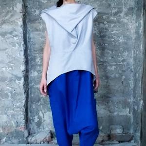 Fantasy blouse, Táska, Divat & Szépség, Ruha, divat, Női ruha, Póló, felsőrész, Szabad felfogásban  Nőies, laza felső, néhány eredeti részlettel, mint az eleje nyakkialakítás, mely..., Meska