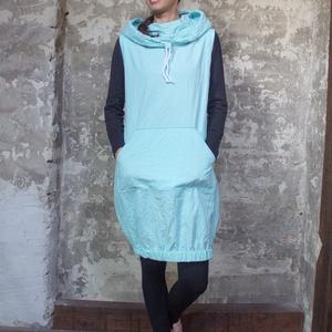 Blue Padme - egyedileg festett, kapucnis, kenguruzsebes, gumírozott aljú rövid ruha, Ruha & Divat, Női ruha, Ruha, Varrás, Kényelmes szerelés, egyedi megjelenés. \n\nUtolsó darab, kiárusítás!\nAzonnal vihető, készleten lévő, 1..., Meska
