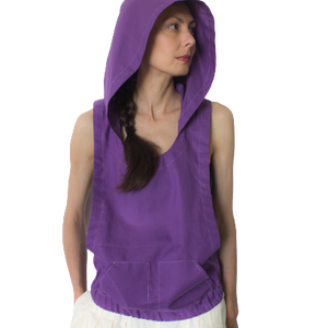 Kapucnis trikó - ujjatlan, nagy karkivágású, derékban gumírozott, kenguruzsebes kapucnis felső, trikó, mellény, Ruha & Divat, Női ruha, Póló, felső, Varrás, Üdítő felszabadultság.\n\nAnyag és forma kiegyensúlyozott összjátéka ez a látványos kapucnis trikó. Kü..., Meska