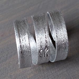 Csavart gyűrű alumíniumból  - Meska.hu