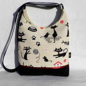 Macskák - női táska, Táska & Tok, Kézitáska & válltáska, Válltáska, Varrás, Sikkes női táska macskákkal.\nAlapanyaga erős mintás vászon, és fekete kordbársony. Bordó szaténszala..., Meska