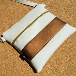 Csíkos kistáska / ezüst-bronz, Táska & Tok, Vállon átvethető táska, Kézitáska & válltáska, Varrás, Meska