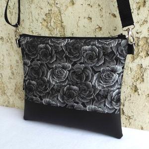 Alkalmi táska , Vállon átvethető táska, Kézitáska & válltáska, Táska & Tok, Varrás, Előkelő alkalmi táska rózsákkal.\nAlapanyaga fekete textilbőr és gyönyörű, fekete-szürkés-ezüstös bro..., Meska