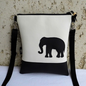 Elefántos kistáska, Vállon átvethető táska, Kézitáska & válltáska, Táska & Tok, Varrás, Sportos kis női divattáska, elefánttal díszítve.\n\nAlapanyaga fekete és fehér színű textilbőr.\nVateli..., Meska