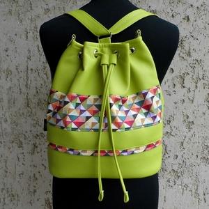 Hátizsák / lime, Hátizsák, Hátizsák, Táska & Tok, Varrás, Vagány női táska lime színű textilbőrrel, és geometrikus mintával.\nPraktikus, hordható válltáskaként..., Meska