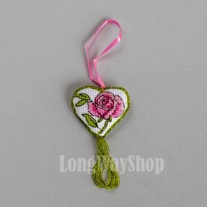 Kétoldalú hímzett gyöngyös szív alakú dísz (Smilylana) - Meska.hu