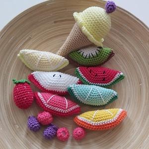Horgolt nyári gyümölcsös csomag, Gyerek & játék, Játék, Készségfejlesztő játék, Horgolás, Horgolt gyümölcsök, ami szuper lehet egy játék konyhába, vagy akár dekorációnak.\nA csomag tartalmaz:..., Meska