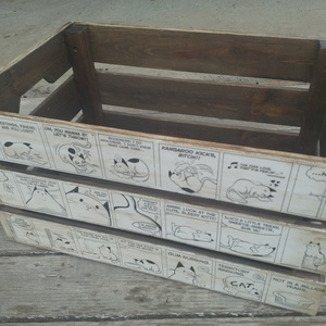 Képregényes tároló láda, Otthon & Lakás, Lakberendezés, Decoupage, transzfer és szalvétatechnika, Vintage stílusban készített cica mintás képregényes tároló láda.\n\nNatúr ládikát alapoztam, majd tran..., Meska