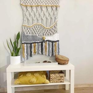 """Makramé falidísz """"Harmony"""" , Otthon & Lakás, Dekoráció, Falra akasztható dekor, Makramé technikával kézzel készített egyedi fali dekoráció. Különleges textúrát ad minden helyiséghe..., Meska"""