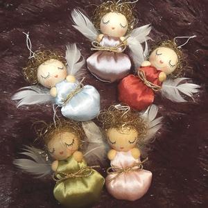 ANGYALKA BÉBIK selyem pólyácskában, Otthon & Lakás, Karácsony & Mikulás, Karácsonyfadísz, Baba-és bábkészítés, Picuri angyalkáim is nagyon várják már az év legszebb ünnepét.\nDíszíthetik karácsonyfádat, örömet sz..., Meska