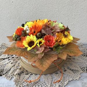 Nagy őszi natúr box SZUPER ÁRON!, Csokor & Virágdísz, Dekoráció, Otthon & Lakás, Virágkötés, Virágkötőként az egyik kedvencem a boxok készítése. Ez az őszi doboz sokféle dekorral készült, törek..., Meska