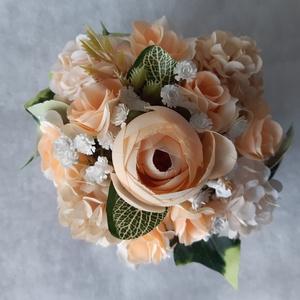 Világos barack rózsás virágbox, Otthon & Lakás, Asztaldísz, Dekoráció, Világos barack színű virágokkal raktam tele ezt a  9 x 9 x 6 cm-es négyzet alakú kartondobozt. Doboz..., Meska
