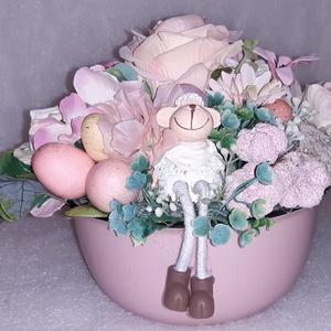 Tavsz pasztel színekben, Otthon & Lakás, Dekoráció, Asztaldísz, Tavasz köszöntő pasztel színekben Kerámia kaspóba készült húsvéti kis kompozicíó. A kompozicíó virág..., Meska