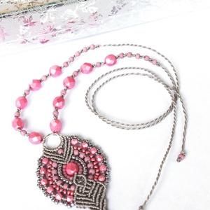 Rose - makramé nyaklánc (soldi) - Meska.hu