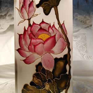 Rózsaszín Lótusz, Asztali lámpa, Lámpa, Otthon & Lakás, Üvegművészet, Üveg alapanyagú lámpa/Saját tervek alapján/Igényesen kidolgozott üvegfestő eljárással készült!A lótu..., Meska