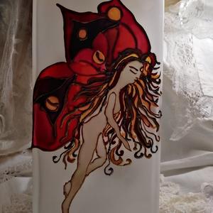 Varázs Pillangó, Asztali lámpa, Lámpa, Otthon & Lakás, Üvegművészet, Üveglámpa/Saját tervek alapján/Igényesen kidolgozott üvegfestő eljárással készült!A pillangó számomr..., Meska