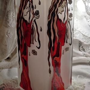Álmodozó, Asztali lámpa, Lámpa, Otthon & Lakás, Üvegművészet, Üveglámpa/Saját tervek alapján/Igényesen kidolgozott üvegfestő eljárással készült!Álmodozó nő virágo..., Meska