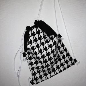 Fekete fehér      hátizsák , Gymbag, Hátizsák, Táska & Tok, Varrás, Nagyon praktikus és divatos hátizsákot készítettem pamutvászon anyagból. Nagyon egyszerű és praktiku..., Meska