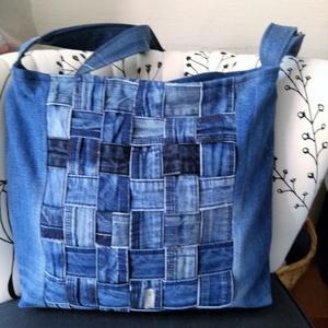Szuper farmer táska, Táska, Tarisznya, Válltáska, oldaltáska, Varrás, Eladó ez a farmer táska . Nagyon szép és praktikus. Méretei magasság 30 cm szélesség 32 cm  oldal s..., Meska