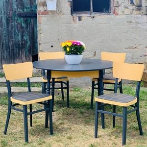 Festett étkező asztal székekkel, Otthon & lakás, Bútor, Asztal, Szék, fotel, Festett tárgyak, Fekete(sötét szürke) és mandarin színűre festettem egy régi, bővíthető étkező asztalt, tartozik hozz..., Meska