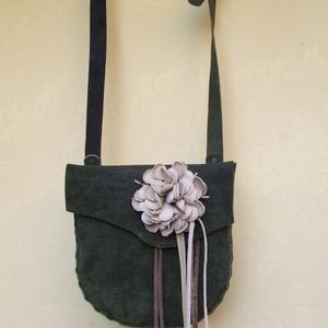 Rendkívül különleges kis táska (spalti51) - Meska.hu