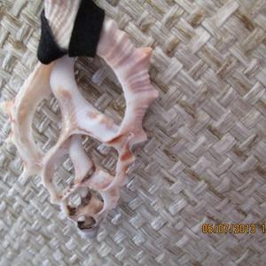 KÉSZLETKISÖPRÉS!!!  Szeletelt tengeri kagylóból készült ékszerszett - ékszer - ékszerszett - Meska.hu