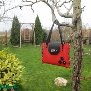 SpaltiDizájn táska4 ,,Sokminden belefér táska,, másik változatban,csodaszép piros színben - Meska.hu