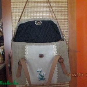 Óriási pakolós táska,laptop táska havasi gyopáros hímzéssel (spalti51) - Meska.hu