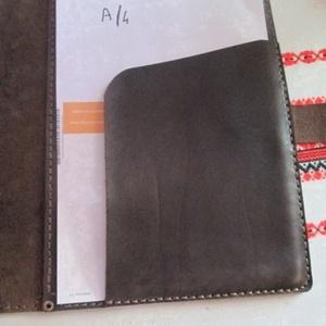 A/4-es bőrmappa egy újabb változatban (spalti51) - Meska.hu