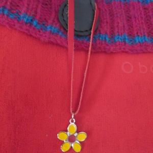 Egyszerű,de mutatós  nyakláncok,vagy táskadíszek - ékszer - nyaklánc - medálos nyaklánc - Meska.hu
