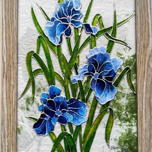 """Íriszek. Több féle változatban.\"""" Virág ami garantáltan nem hervad el\"""". Festett üveg falikép, üvegfestmény.  , Művészet, Festmény, Festmény vegyes technika, Festészet, Üvegművészet,  Kedves látogató. Köszöntöm, hogy benézett a boltomba.\nEzeket az íriszeket üveglapra festettem, egy ..., Meska"""