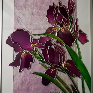 Anyáknapjára virágok személyre szóló felirattal. Íriszek, dekorációs falikép, - üvegfestmény., Művészet, Festmény, Festmény vegyes technika, Festészet, Üvegművészet, Kedves nézelődő, köszöntelek a virtuális boltomban.\nEzeket a virágokat anyáknapjára készítettem. \nAj..., Meska