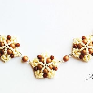 Three stars - barna gyöngyből fűzött nyaklánc, Gyöngyös nyaklác, Nyaklánc, Ékszer, Ékszerkészítés, Gyöngyfűzés, gyöngyhímzés, Three stars... egy három csillagos nyaklánc öt csillagos minőségben! :) Kellemes barna és bézs árnya..., Meska