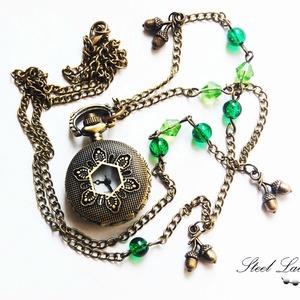 Tölgyerdő nyaklánc óra zöld gyöngyökkel + ajándék fülbevaló - Meska.hu