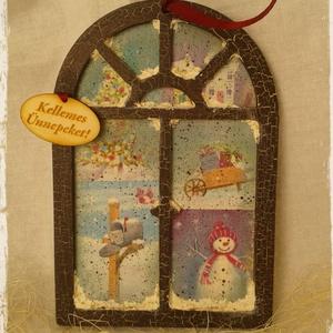Karácsonyi ajtódísz, Ajtódísz & Kopogtató, Dekoráció, Otthon & Lakás, Decoupage, transzfer és szalvétatechnika, Festett tárgyak, Antikolt, decoupage technikával készült karácsonyi ajtódísz.\nVendégeink már az ajtóban érezhetik a k..., Meska