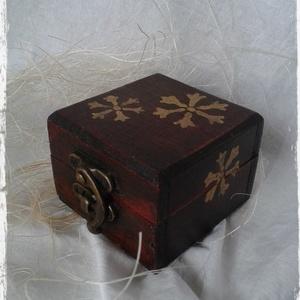 Fa ékszeres dobozka I. (Steigusz) - Meska.hu