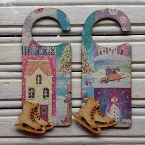 Karácsonyi üdvözlő ajtóra (2 darabos szett), Dekoráció, Otthon & lakás, Ünnepi dekoráció, Karácsony, Lakberendezés, Decoupage, transzfer és szalvétatechnika, Különféle motívummal díszített ünnepi dekoráció akár bejárati, akár szobaajtóra.\nFokozza a karácsony..., Meska