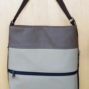 Női divat hátizsák bézs-barna, Táska & Tok, Variálható táska, Varrás, Műbőr, 2in1 női táska. Pántjainak variálásával hátizsákká vagy válltáskává is alakítható. Színei elő..., Meska