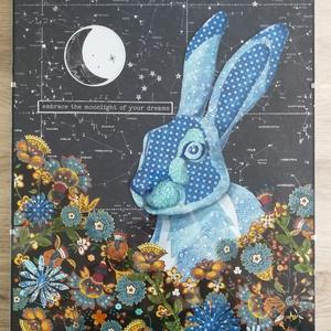 Kék nyúl a csillagok között, Művészet, Kollázs, Papírművészet, Kevert technika. Kollázs. Üveglap alatt. 30x40 cm., Meska