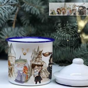 Bádog bögre, retro bögre, varázslós zománc bögre, ajándék bögre, karácsonyi bádog bögre, Otthon & Lakás, Konyhafelszerelés, Bögre & Csésze, Decoupage, transzfer és szalvétatechnika, Fotó, grafika, rajz, illusztráció, Varázslós ajándék bádog bögre kedves karakterekkel.\nFiúknak és lányoknak egyaránt szuper ajándék.\nRe..., Meska