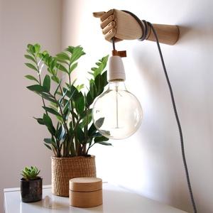 Woodison - Fali lámpa, Otthon & Lakás, Lámpa, Fali & Mennyezeti lámpa, Bőrművesség, Mindenmás, A WOODISON lámpák különböző alkatrészeit kézzel állítjuk össze. Eredeti funkciójából kiemelve a fa d..., Meska