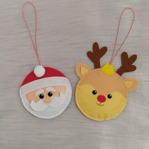 Télapó és rénszarvas, Karácsony & Mikulás, Karácsonyfadísz, Varrás, Filc anyagból készítettem.\nMéretük kb. 8 cm.\n\nÁr a képen látható 2 db díszre vonatkozik.\n\n, Meska