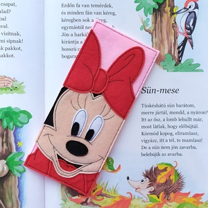 Minnie könyvjelző - piros, Otthon & Lakás, Papír írószer, Könyvjelző, Varrás, Filc anyagból készítettem.\n\nMérete: 7,1 cm x 16 cm, Meska