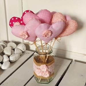 Rózsaszín szivecskék, Otthon & Lakás, Dekoráció, Varrás, Horgolás, Valentin napra, anyák napjára, otthoni dekorációnak is egyaránt ajánlom ezeket a szivecskéket.\n\nMére..., Meska