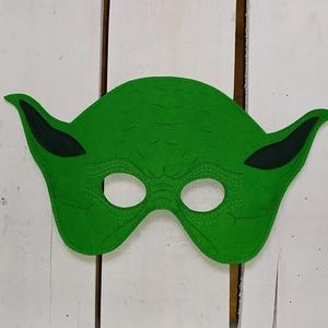 Star Wars - Yoda álarc, Játék & Gyerek, Szerepjáték, Varrás, Filc anyagból varrtam. \n\nMérete:\nteljes szélessége: 25,5 cm\nteljes magassága: 14,5 cm.\n\nKöszönöm, ho..., Meska