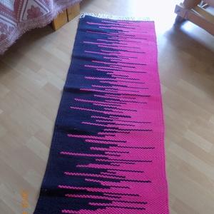 Pink-fekete szőnyeg, Otthon & lakás, Lakberendezés, Lakástextil, Szőnyeg, Szövés, Pamut-műszál, mosógépben mosható, strapabíró szőnyeg. Konyha, előszoba, nyaraló, bárhova használható..., Meska